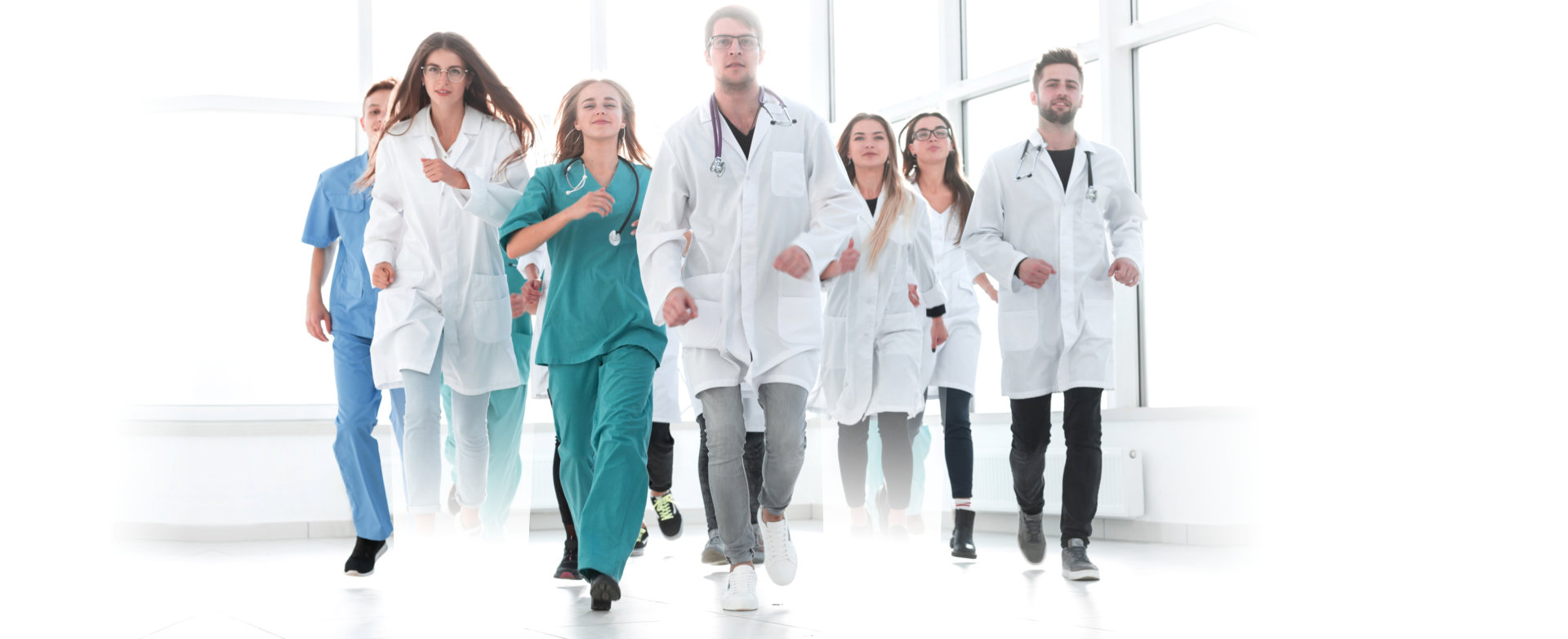 doctors and nursing rushing to somewhere